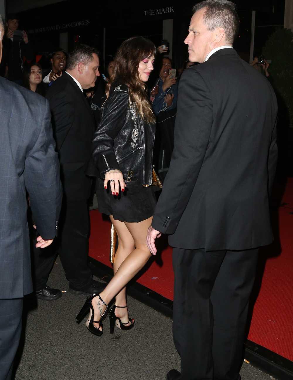 Arriving at Mark Hotel in New York - May 7 - Dakota Johnson - Leaves