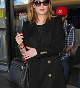 Arriving_At_LAX_Airport_-_January_26-04.jpg