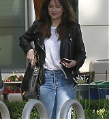 Dakota_Johnson_-_At_Sony_Pictures_Studios_in_Los_Angeles_on_May_17-02.jpg