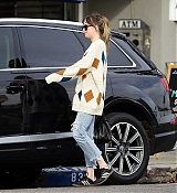 Dakota_Johnson_-_In_LA_on_January_172C_2018-03.jpg
