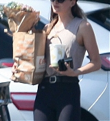 Dakota_Johnson_-_In_Los_Angeles2C_California_-_August_172C_2018-03.jpg
