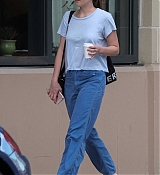 Dakota_Johnson_-_In_Savannah2C_GA_on_July_16-03.jpg