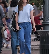 Dakota_Johnson_-_In_Savannah2C_GA_on_July_16-15.jpg