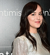 Dakota_Johnson_-_Intimissimi_Grand_Opening_in_New_York_on_October_18-15.jpg