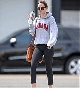Dakota_Johnson_-_Leaves_a_hot_yoga_class_in_LA_April_72C_2019-01.jpg