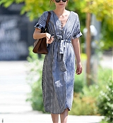 Dakota_Johnson_-_Out_in_Los_Angeles_07142019-01.jpg