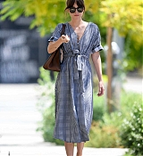 Dakota_Johnson_-_Out_in_Los_Angeles_07142019-03.jpg