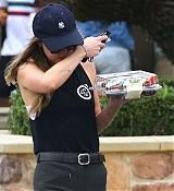 Dakota_Johnson_-_got_out_to_pick_up_some_cupcakes_in_Malibu2C_California_-_June_2300005.jpg