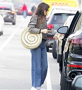Dakota_Johnson_-_meets_her_friend_at_a_cafe_in_Beverly_Hills_12132018-02.jpg