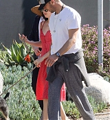 In_Malibu_with_Chris_Martin_-_March_31-01.jpg
