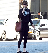 Leaving_gym_after_a_workout_in_Los_Angeles2C_California_-_November_13-01.jpg