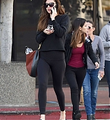Leaving_gym_after_a_workout_in_Los_Angeles2C_California_-_November_13-03.jpg