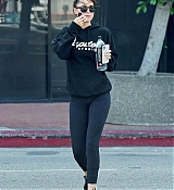 Leaving_the_gym_in_LA_-_October_91.jpg