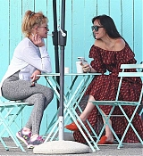 Out_In_West_Hollywood_with_Melanie_-_September_14-04.jpg