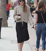 Picking_Up_Coffee_in_LA_-_May_1800002.jpg