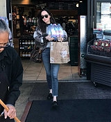 Shopping_In_Los_Angeles_-_March_23-03.jpg