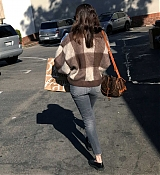 Shopping_In_Los_Angeles_-_March_23-05.jpg