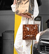Shopping_at_Erewhon_in_Los_Angeles_-_September_183.jpg