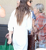 Shopping_at_Erewhon_in_Los_Angeles_-_September_184.jpg