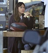 Spotted_stopping_by_a_juice_shop_in_Los_Angeles_-_November_124.jpg