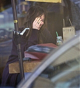 Spotted_stopping_by_a_juice_shop_in_Los_Angeles_-_November_125.jpg